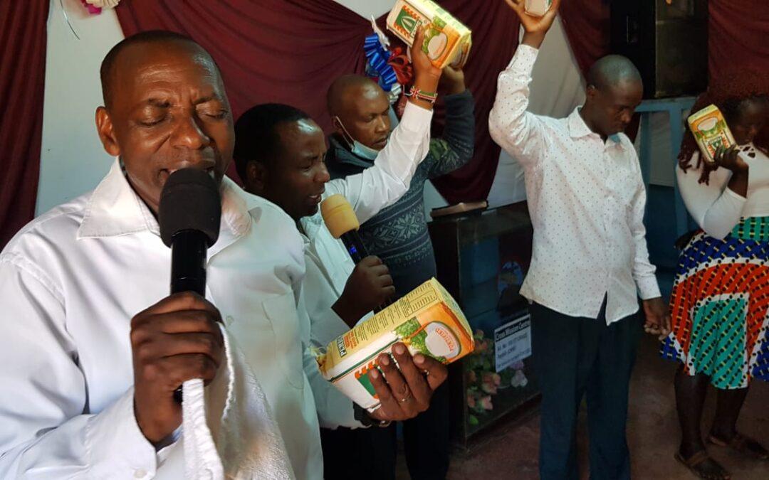 Eindrücke vom Essensabgabe-Programm im CMC Nairobi